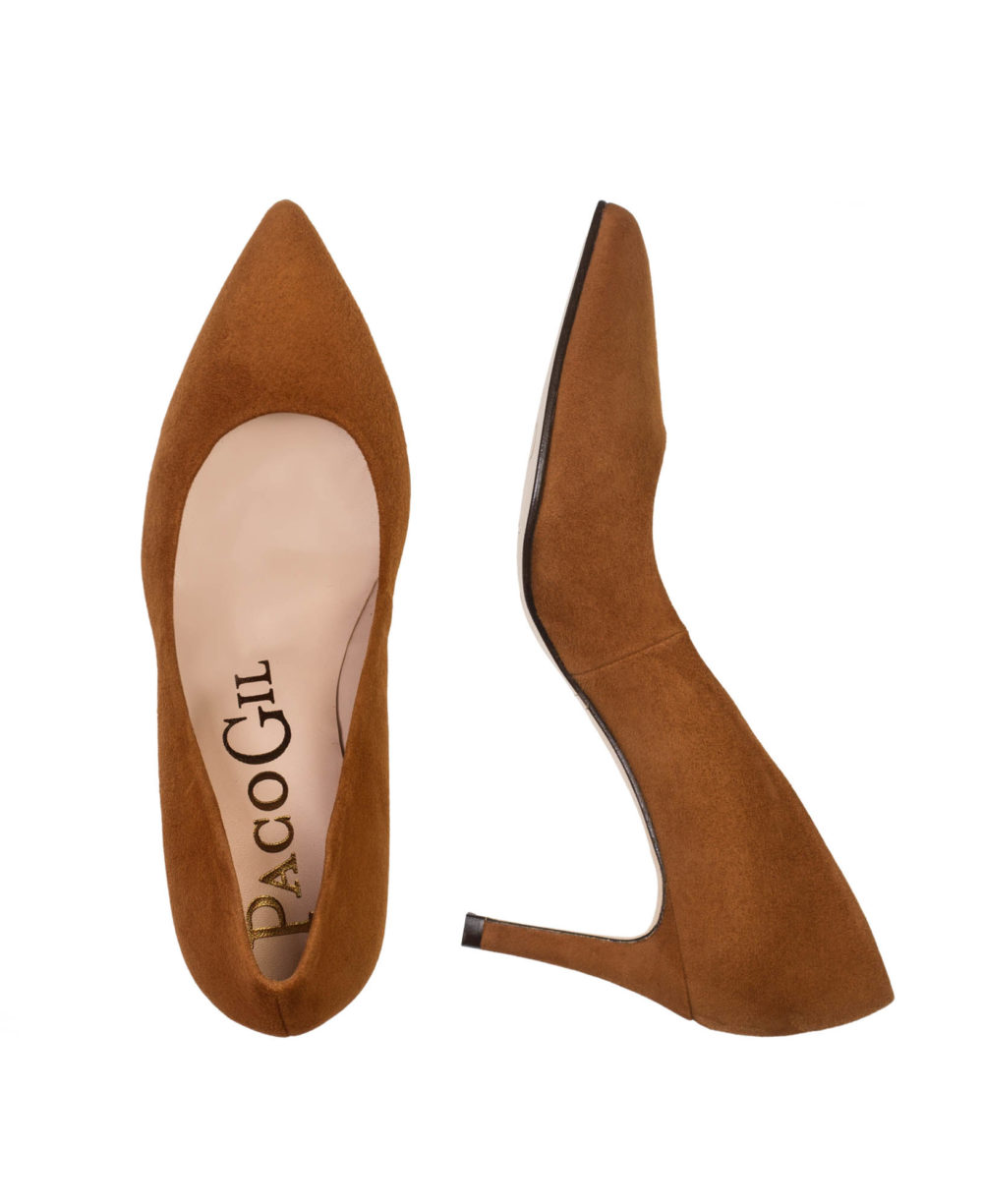 Zapatos de salón de Paco Gil. Zapatos de piel modelo Rita. Foto par completo diferentes perspectivas