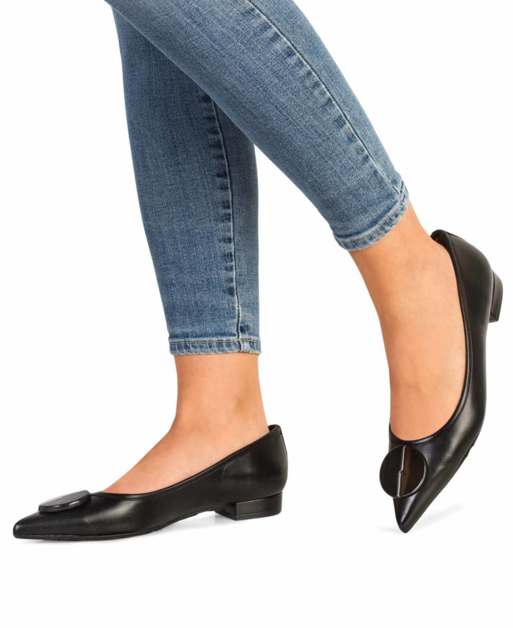 Leather Shoes  P-3890 Black Napa Piernas
