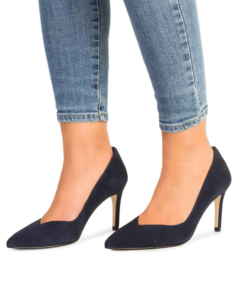Leather Pumps Paco Gil.
