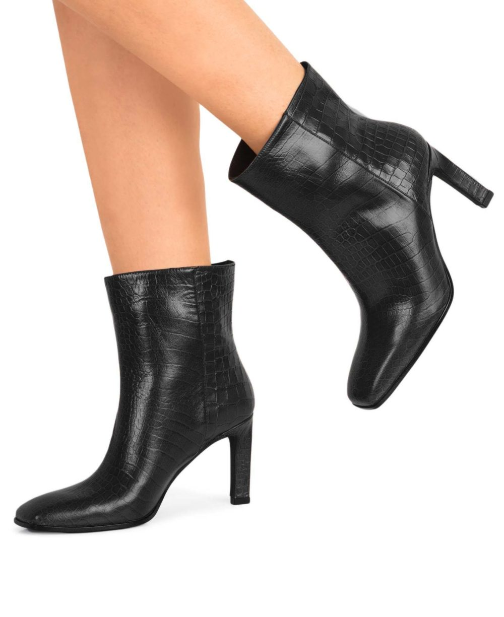 Leather booties Paco Gil P-3888 Black Coco P