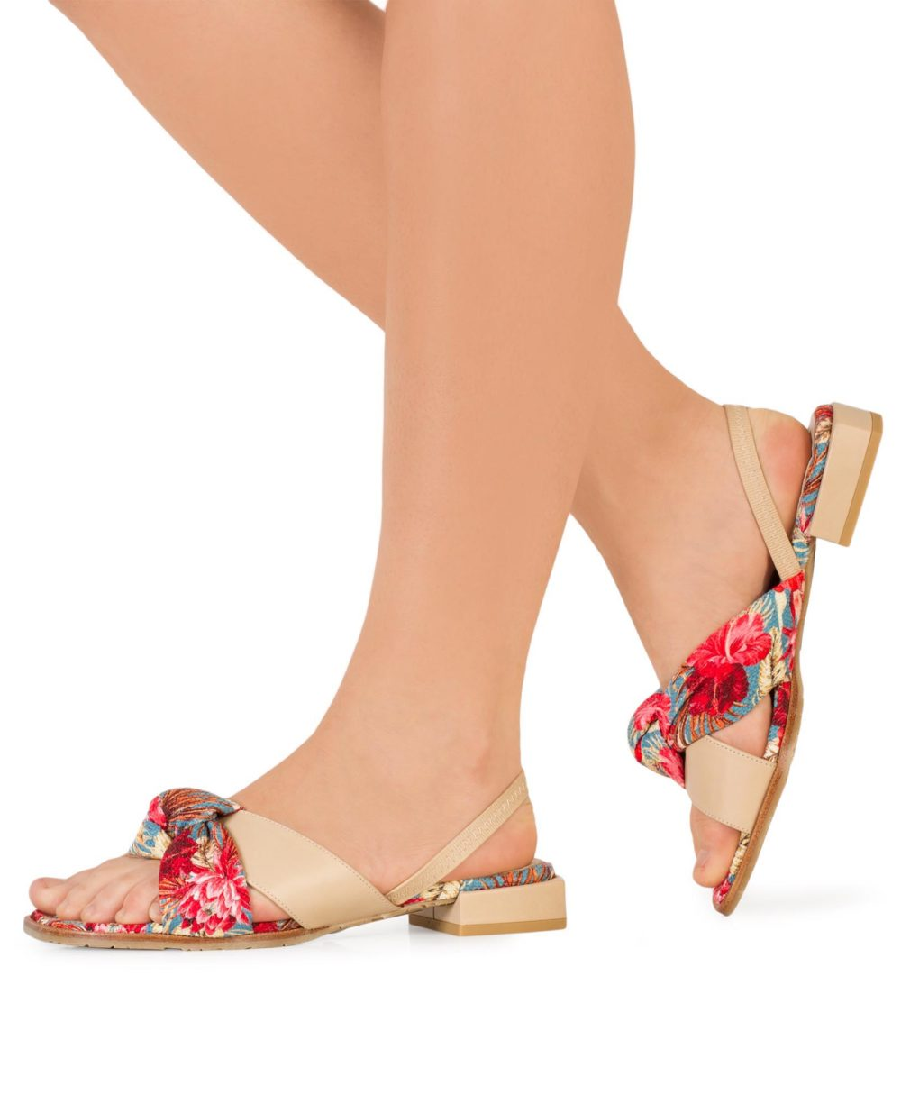 Sandalias de Piel Paco Gil - P-3920 Multi Beige Flores Beige Madison Piernas