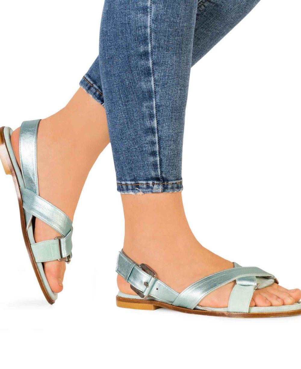 Sandalias de Piel Paco Gil - P-3922 Mint Velour MetalGrain Piernas