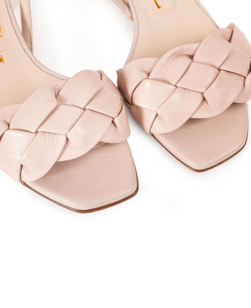 Nice Pink Bravo Detalle